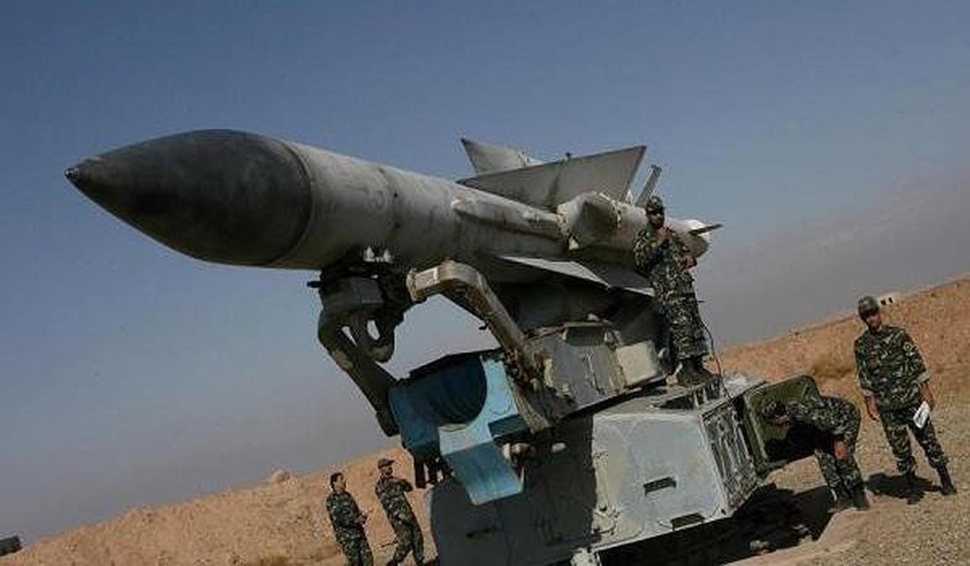 S-200 Syria suyt ban trung co so hat nhan, coi bao dong Israel ren vang-Hinh-17