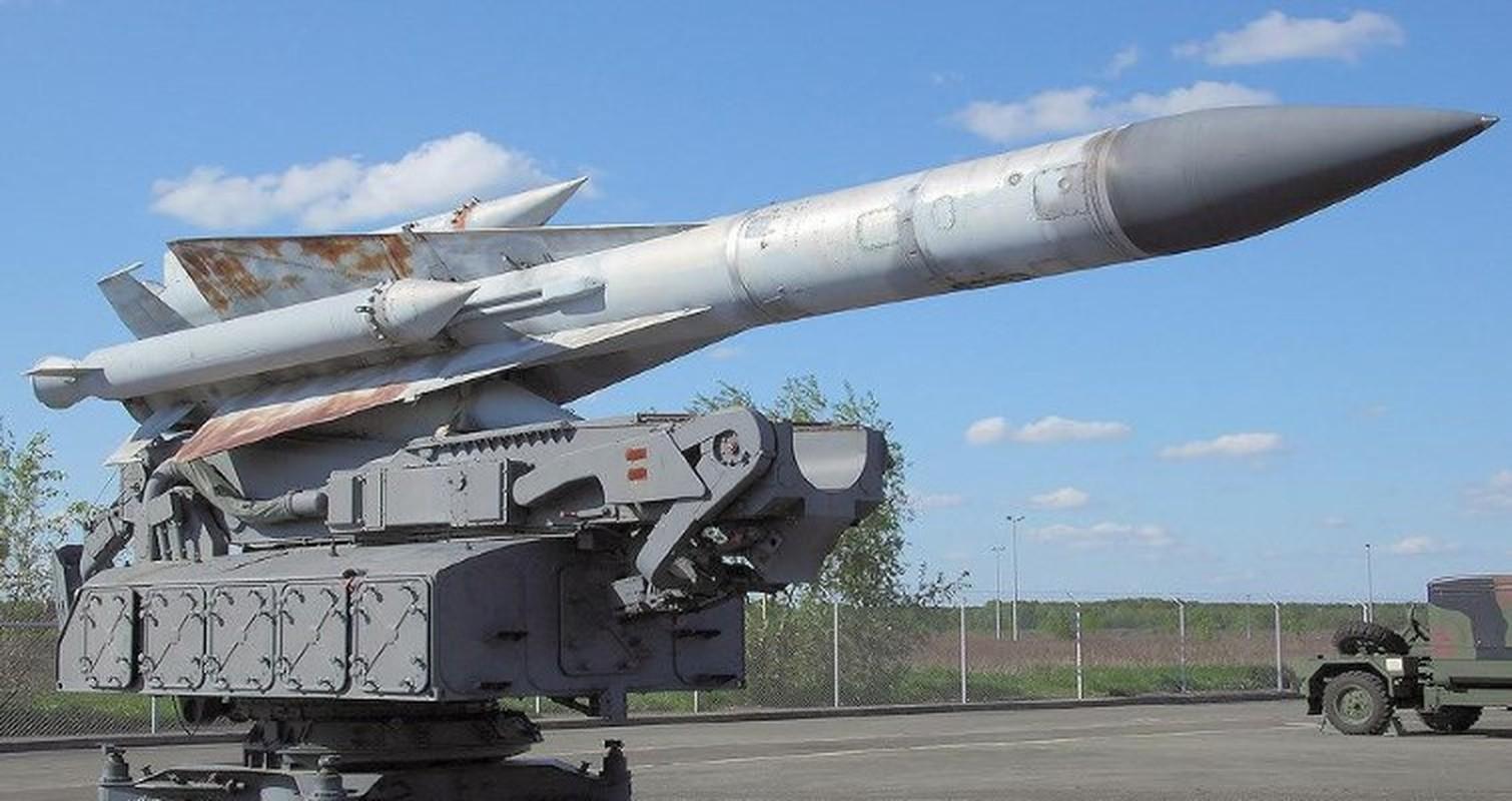 S-200 Syria suyt ban trung co so hat nhan, coi bao dong Israel ren vang-Hinh-20