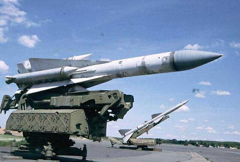 S-200 Syria suyt ban trung co so hat nhan, coi bao dong Israel ren vang-Hinh-21