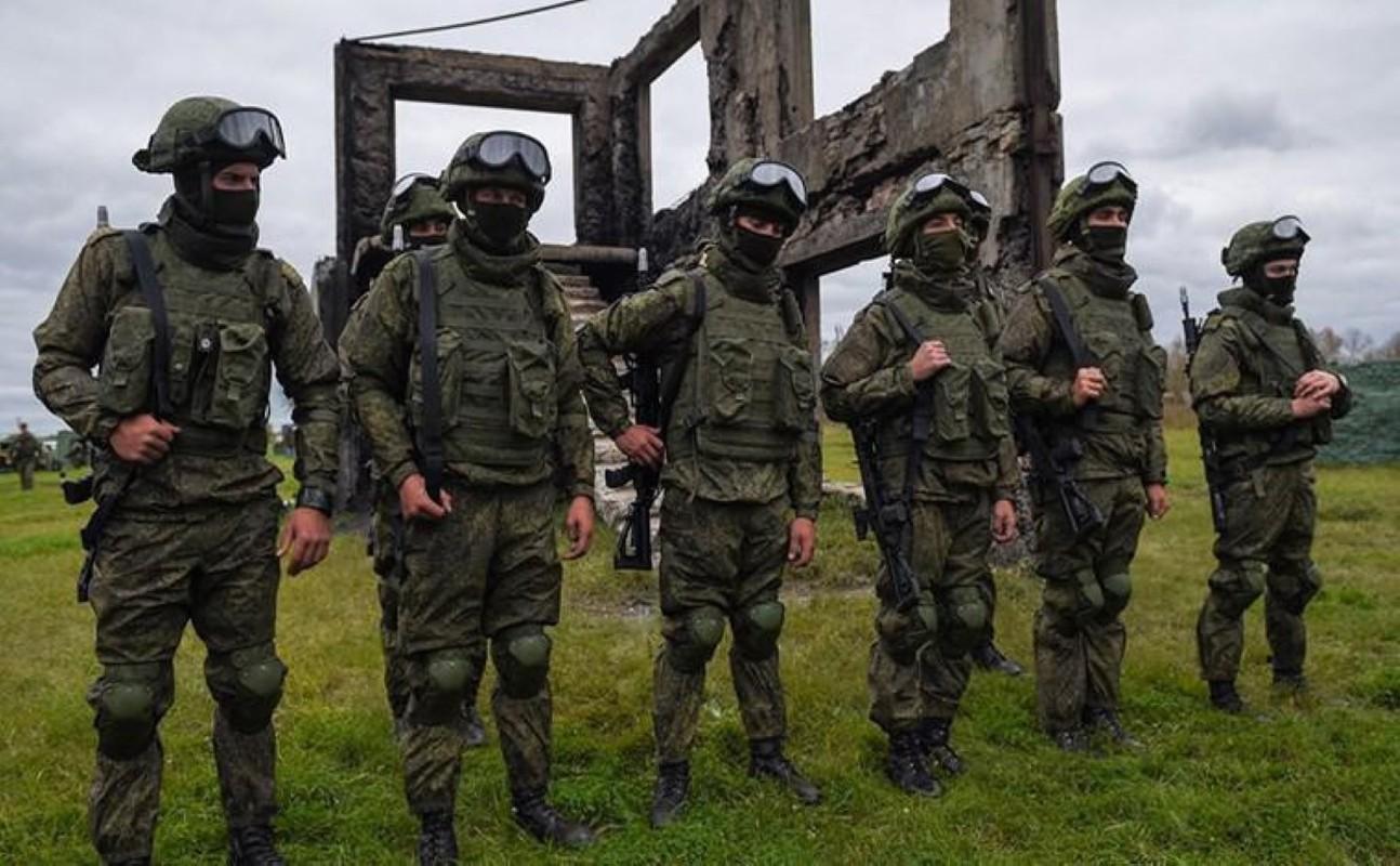 Luc luong ly khai Ukraine da co bo quan trang Ratnik cua Nga?-Hinh-21