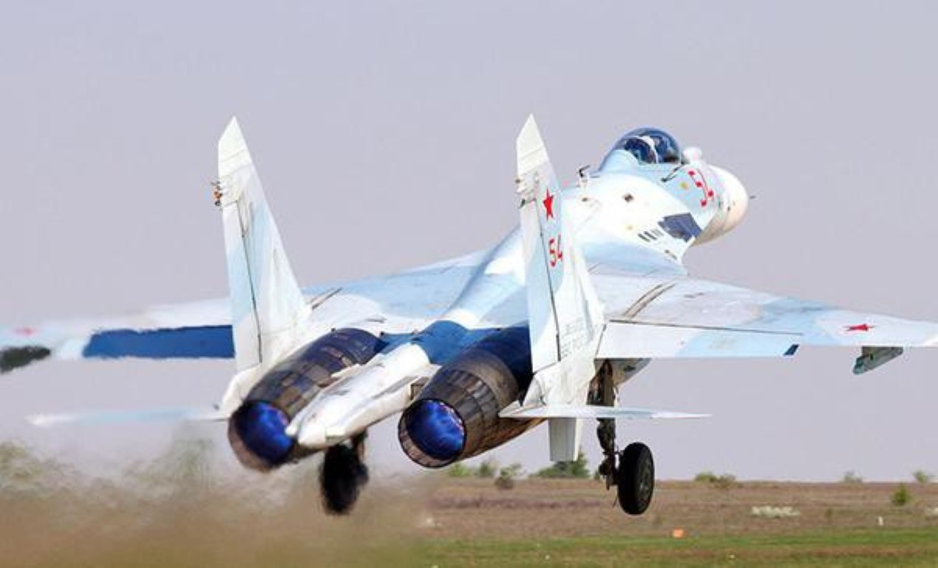 Khong can Su-30/35, chi can Su-27SM3 Nga da vuot troi khong quan Ukraine-Hinh-10