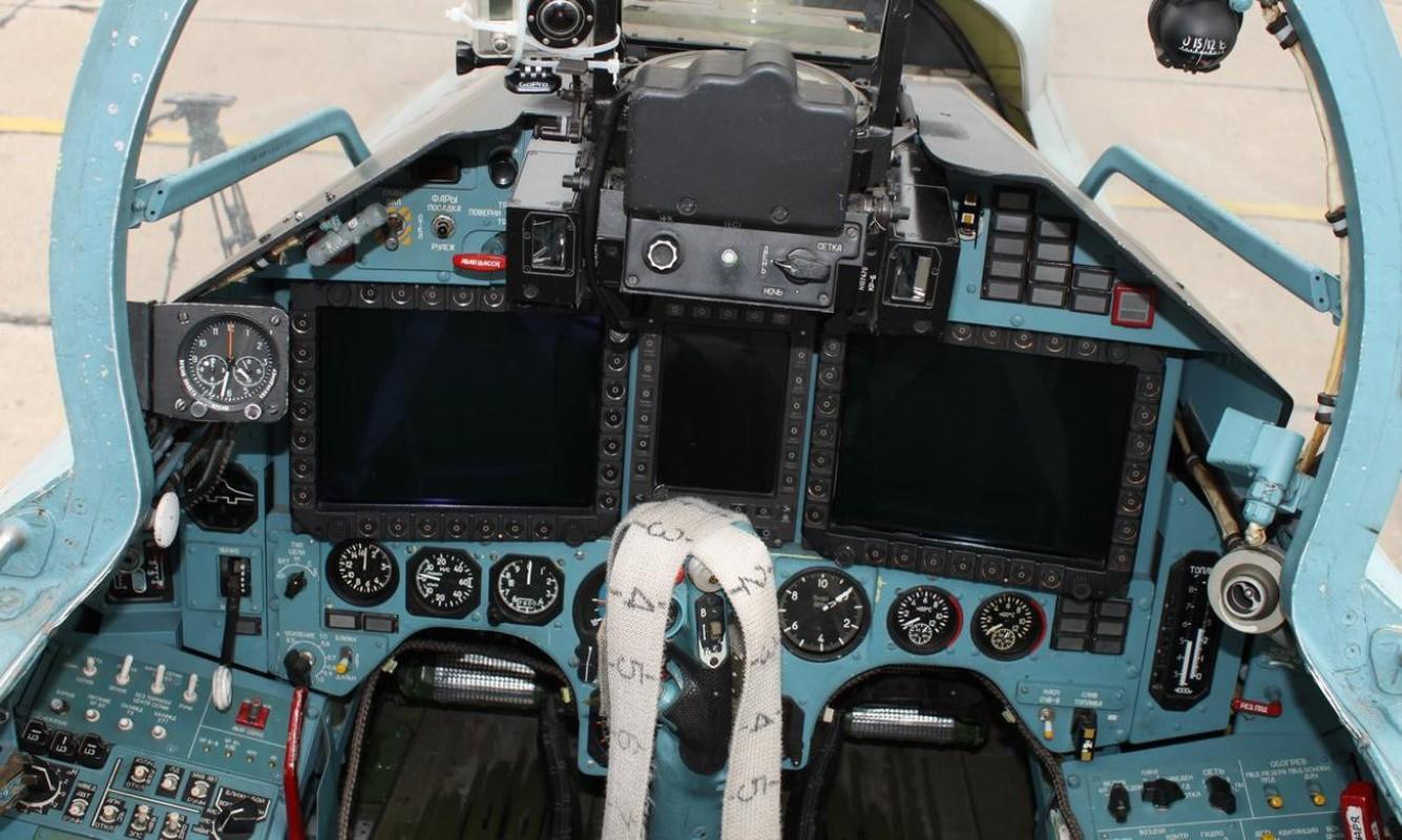 Khong can Su-30/35, chi can Su-27SM3 Nga da vuot troi khong quan Ukraine-Hinh-3