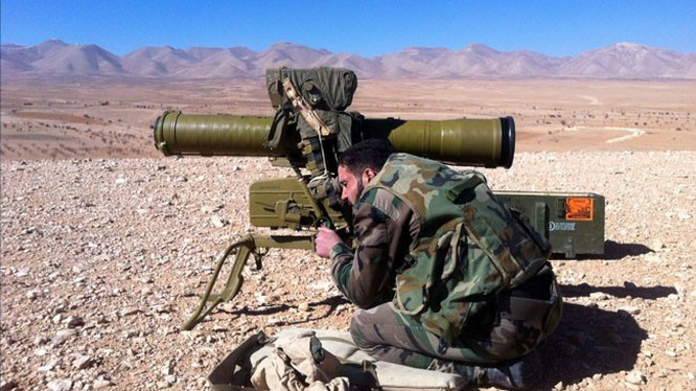 Lo video nong ten lua Nga ban nat xe tang Abrams My-Hinh-10