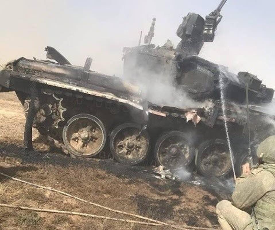 Lo video nong ten lua Nga ban nat xe tang Abrams My-Hinh-11