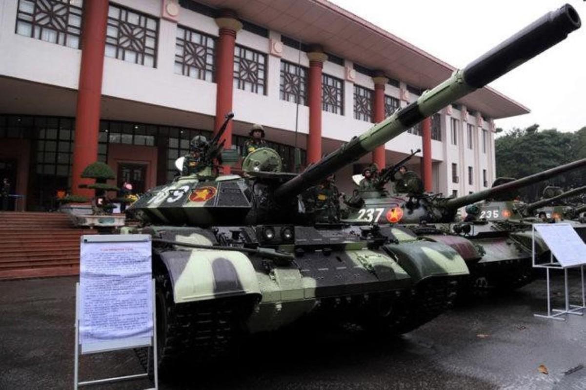 Bao Nga so sanh xe tang T-54M Viet Nam voi... Merkava cua Israel-Hinh-14