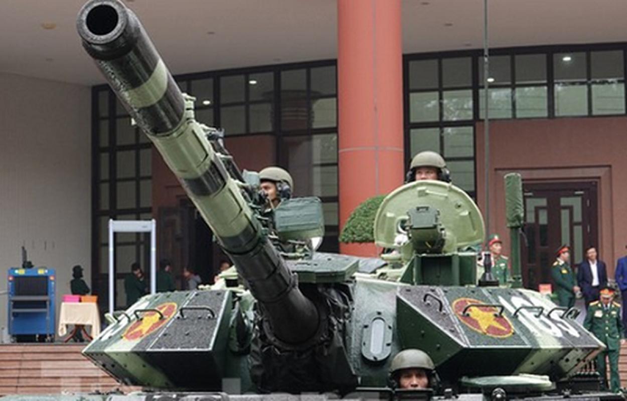 Bao Nga so sanh xe tang T-54M Viet Nam voi... Merkava cua Israel-Hinh-15