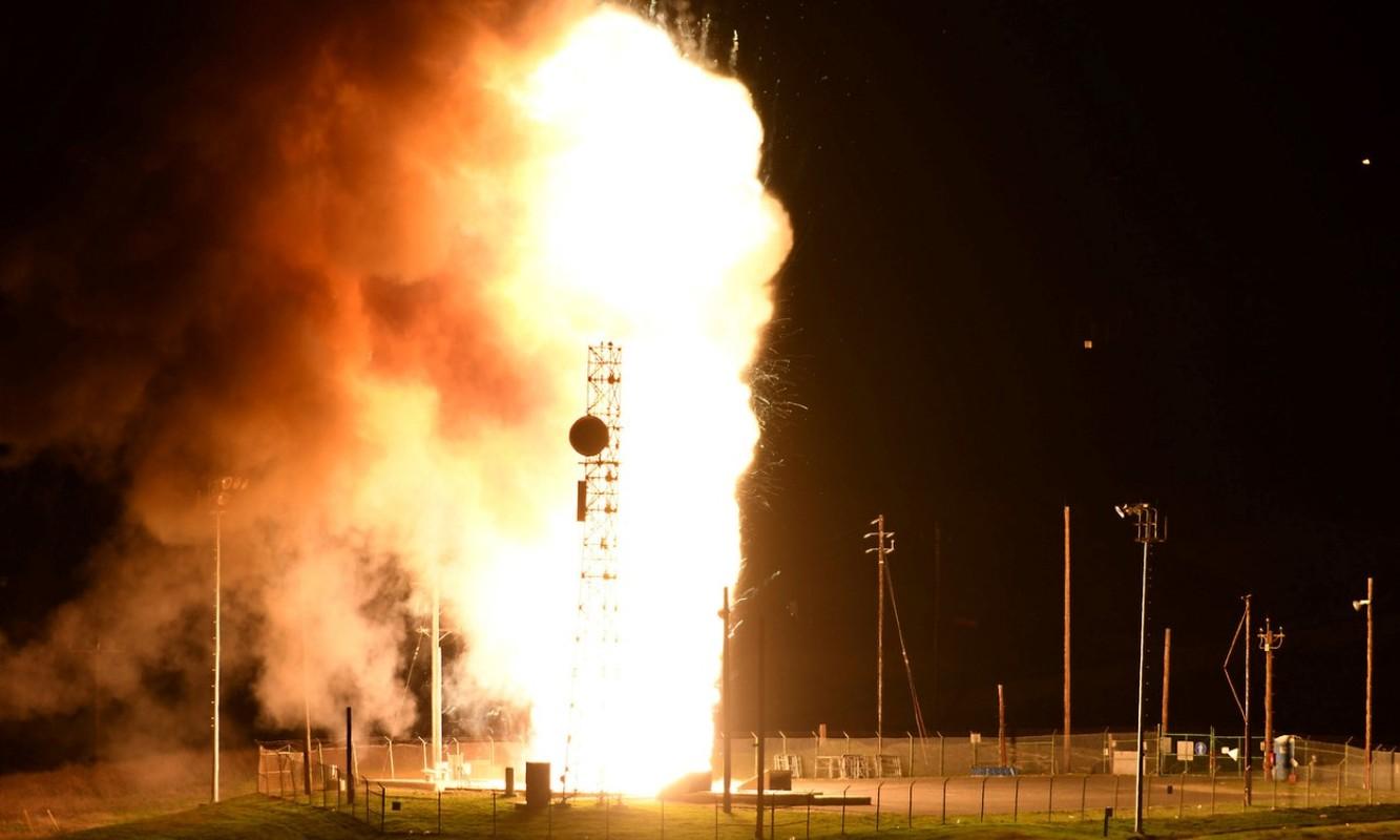 Quan doi My thua nhan vua phong xit ten lua Minuteman III-Hinh-7