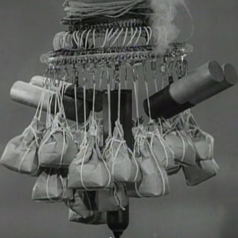 Bat ngo voi dan vu khi bi cam su dung trong chien tranh-Hinh-9