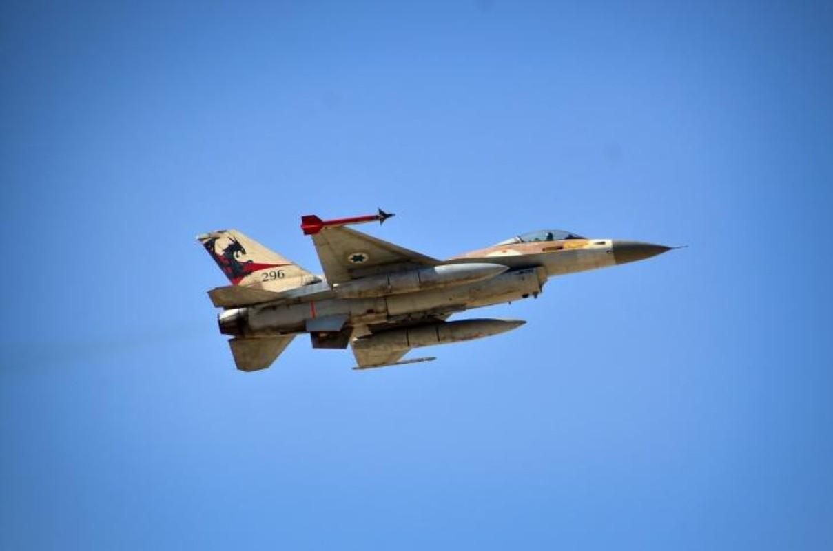 Israel lien tiep tan cong muc tieu Iran gan can cu quan su Nga-Hinh-12