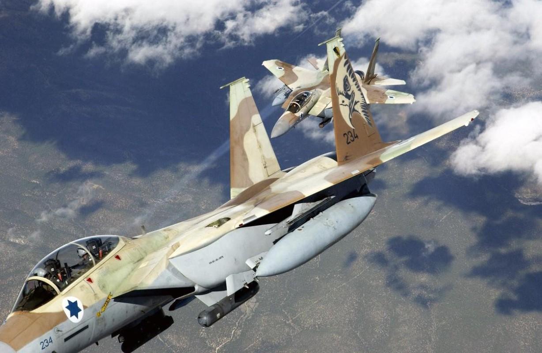 Israel lien tiep tan cong muc tieu Iran gan can cu quan su Nga-Hinh-14