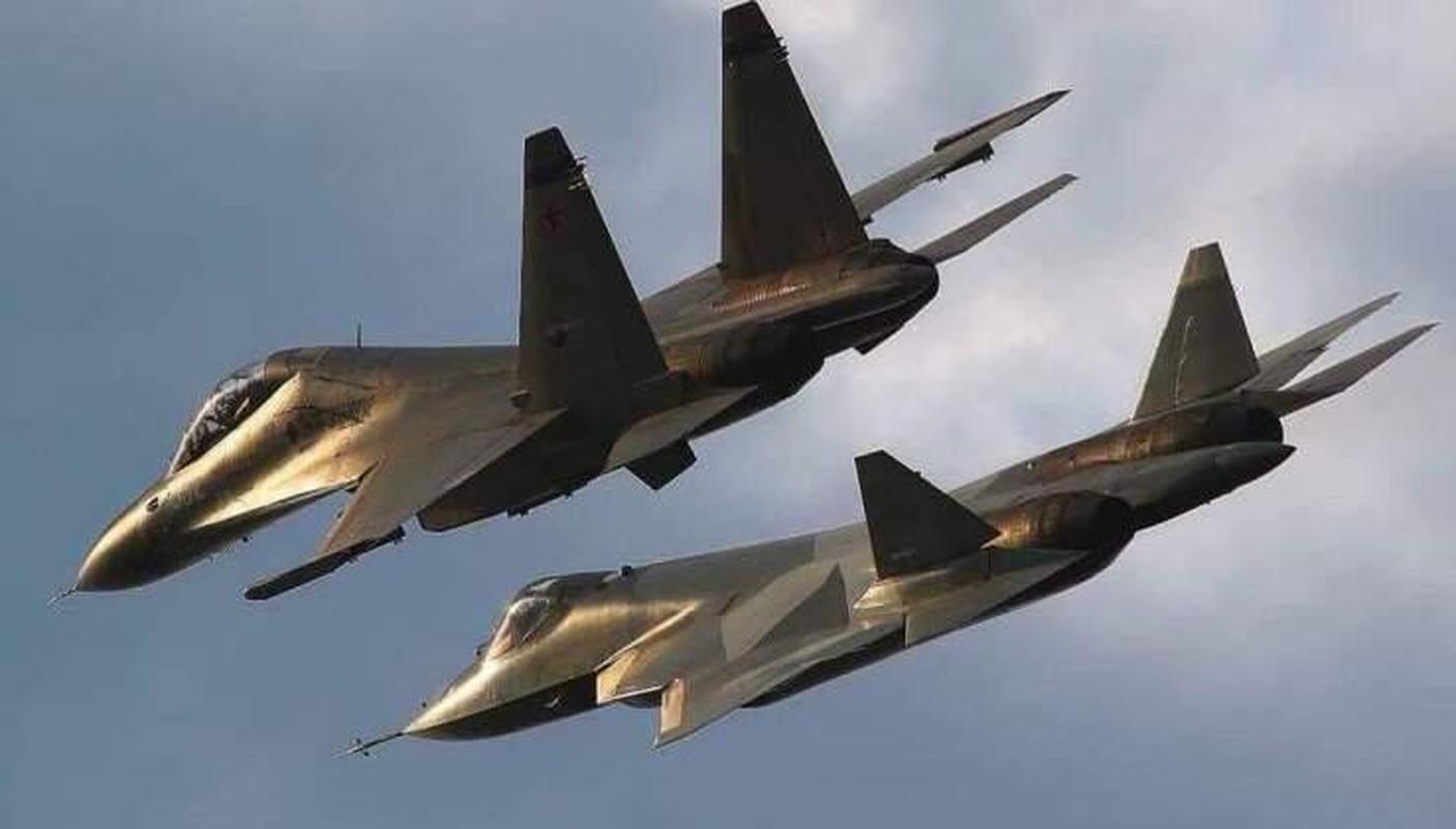 He lo thoi diem tau san bay Nga duoc trang bi tiem kich tang hinh Su-57