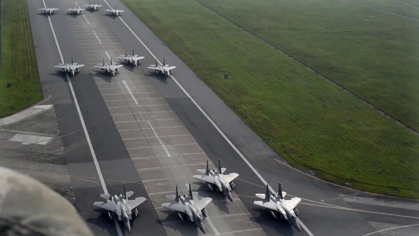 Bat ngo: Khong quan My dang co nhieu F-35 hon ca F-15 va F-10-Hinh-6