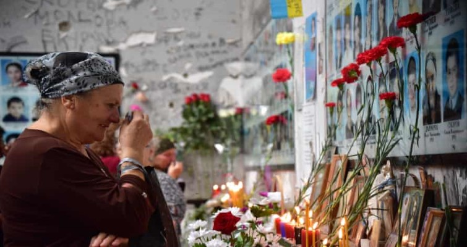 Ky uc kinh hoang ve vu khung bo truong hoc Beslan o Nga-Hinh-10