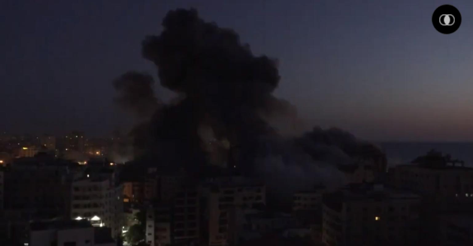 Bi Israel danh sap nha, Hamas phong mua phao phan luc dap tra-Hinh-6