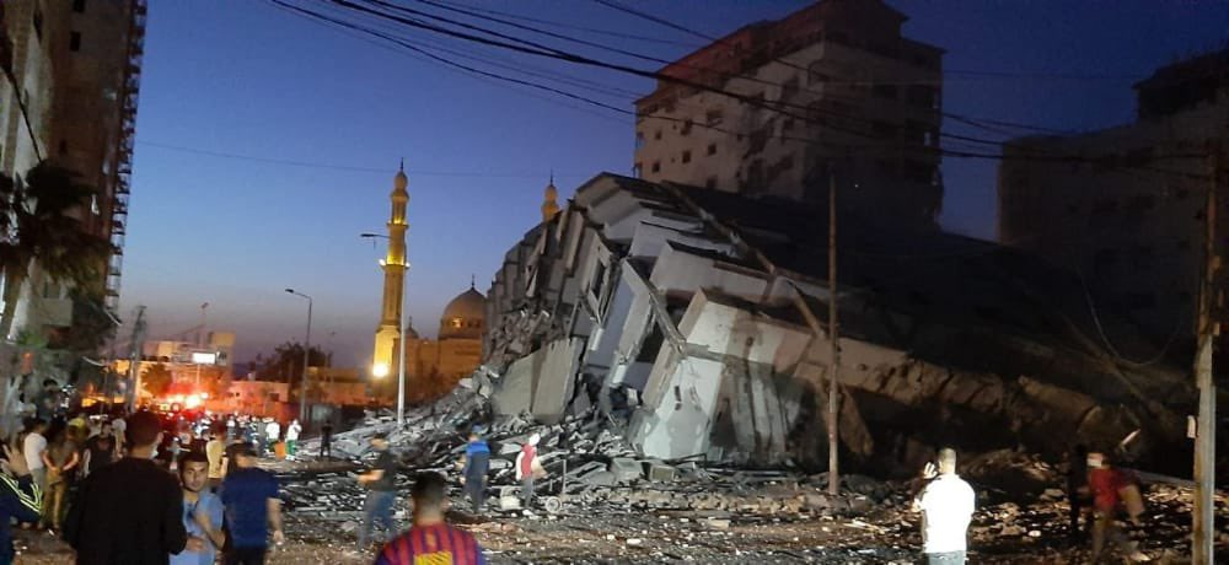 Bi Israel danh sap nha, Hamas phong mua phao phan luc dap tra