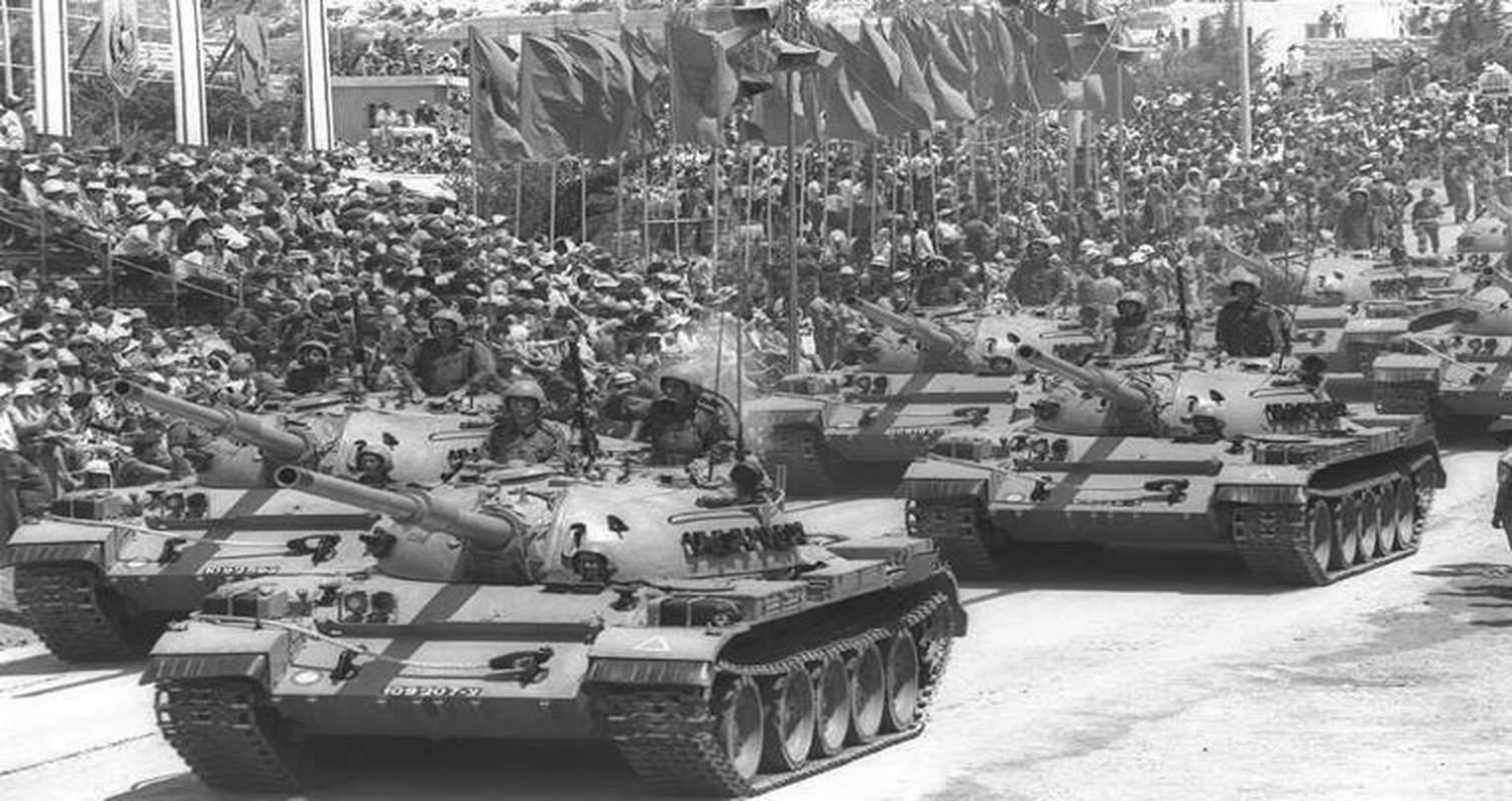Hoan cai xe tang T-54/55 thanh xe boc thep cho quan, Israel khien ca the gioi kinh ngac-Hinh-3
