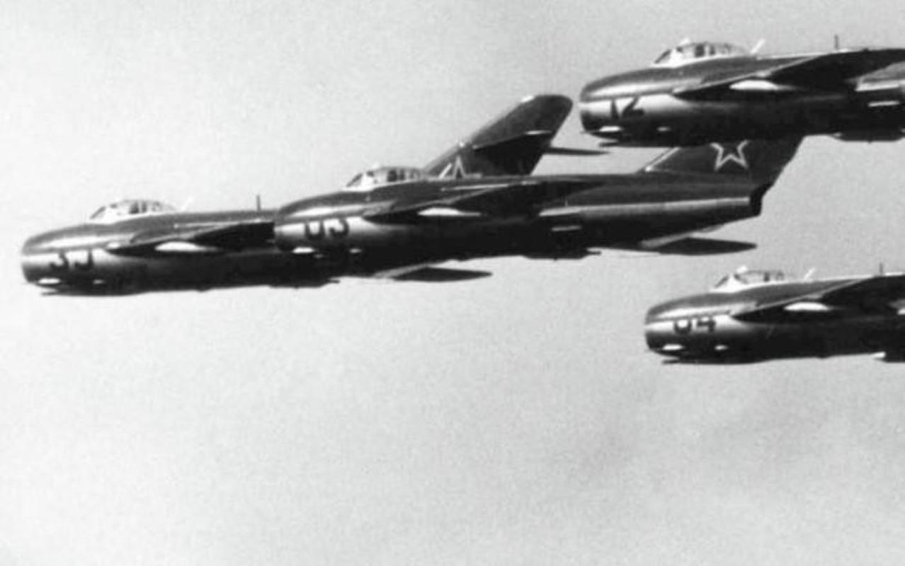 F-86 My, khac tinh cua MiG-15 tren ban dao Trieu Tien-Hinh-7
