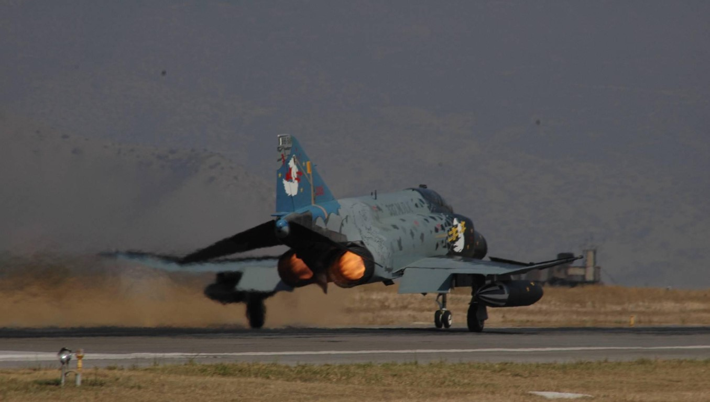 F-4E Phantom II, cu sua sai cua My sau khi rung toi ta tren bau troi Viet Nam-Hinh-20