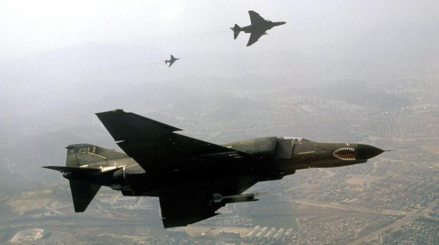 F-4E Phantom II, cu sua sai cua My sau khi rung toi ta tren bau troi Viet Nam-Hinh-21