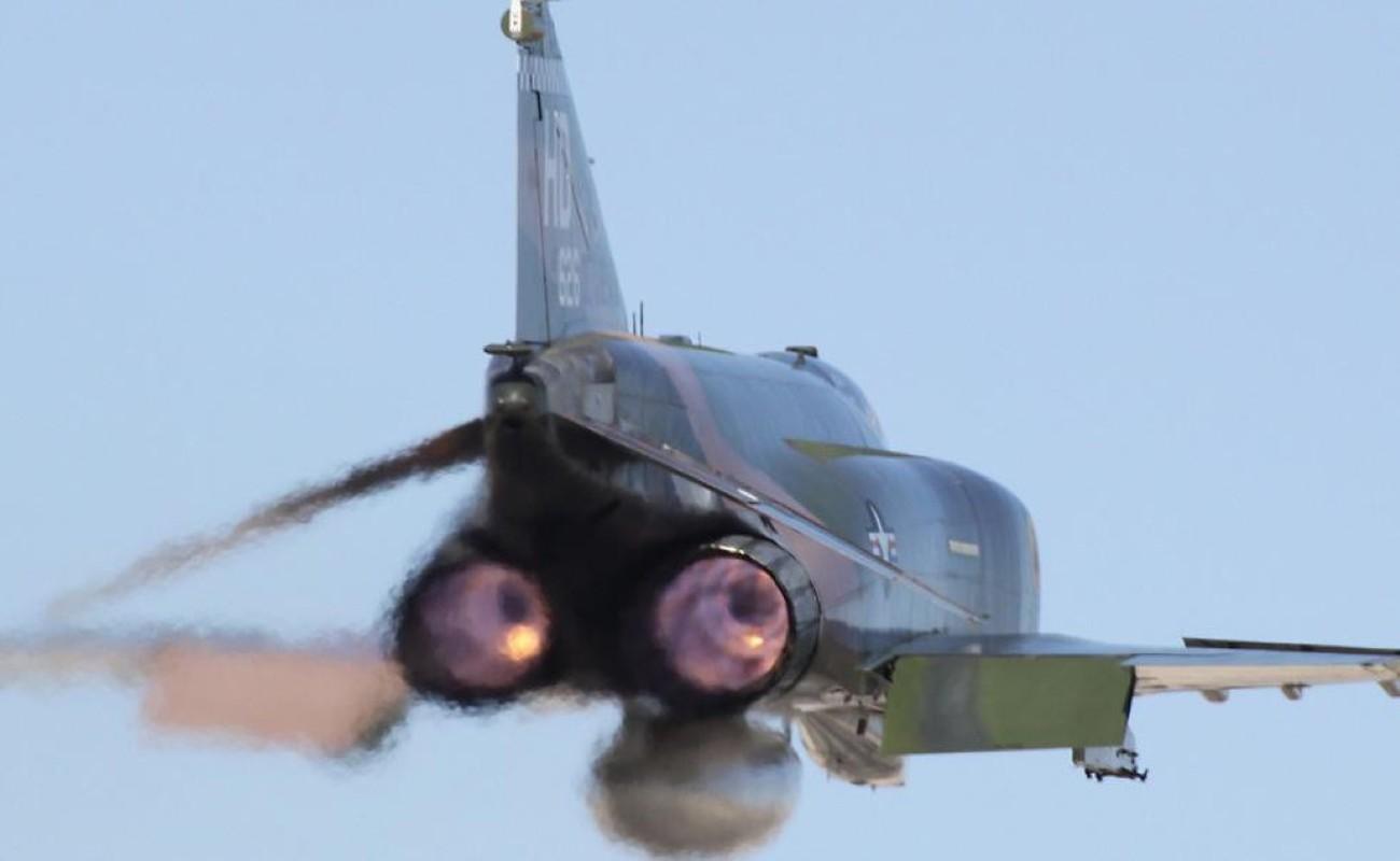 F-4E Phantom II, cu sua sai cua My sau khi rung toi ta tren bau troi Viet Nam-Hinh-22
