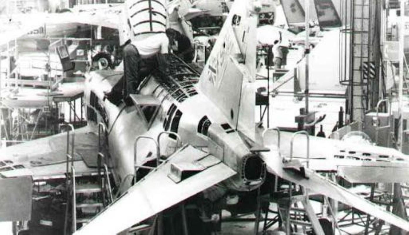 F-4E Phantom II, cu sua sai cua My sau khi rung toi ta tren bau troi Viet Nam-Hinh-6
