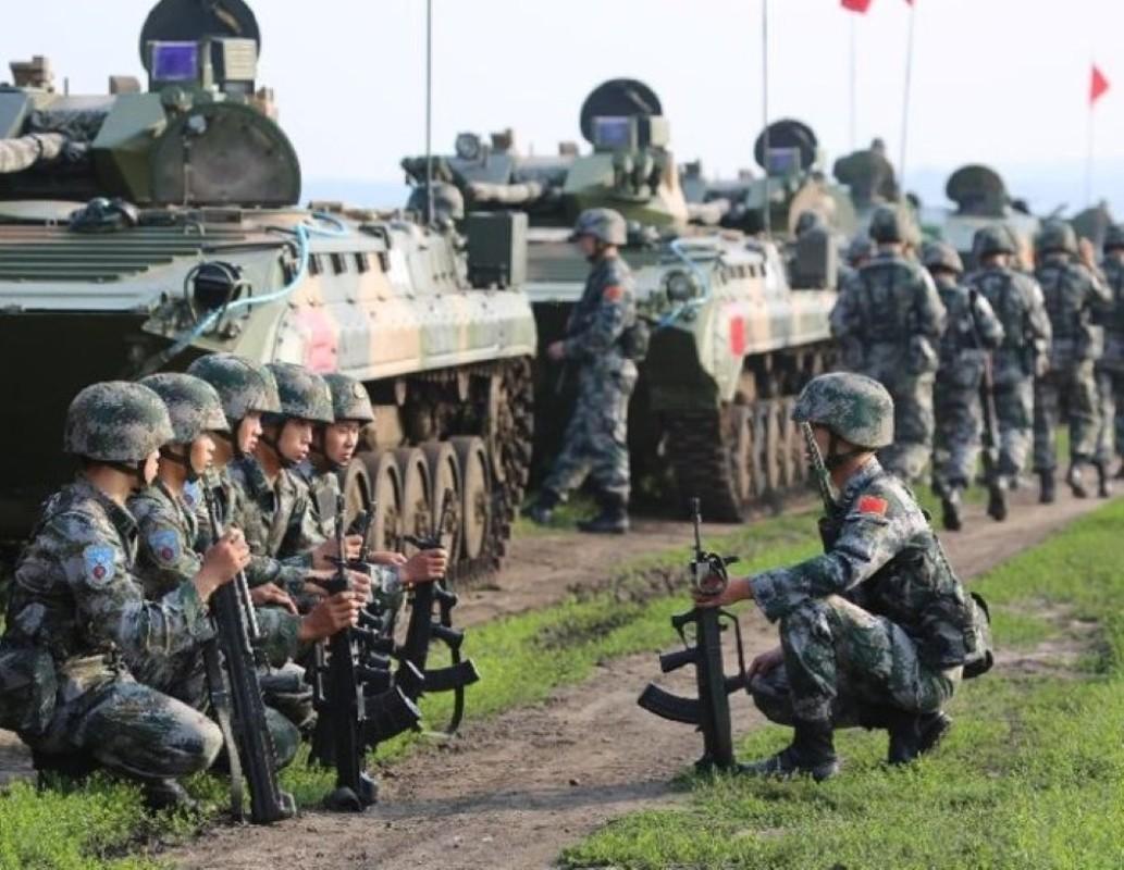 Luong cua linh Trung Quoc: Cao chot vot nhung van thieu quan-Hinh-10