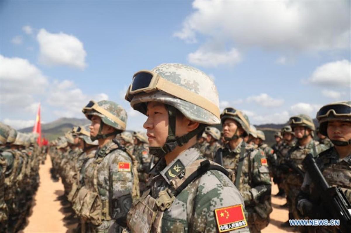 Luong cua linh Trung Quoc: Cao chot vot nhung van thieu quan-Hinh-14