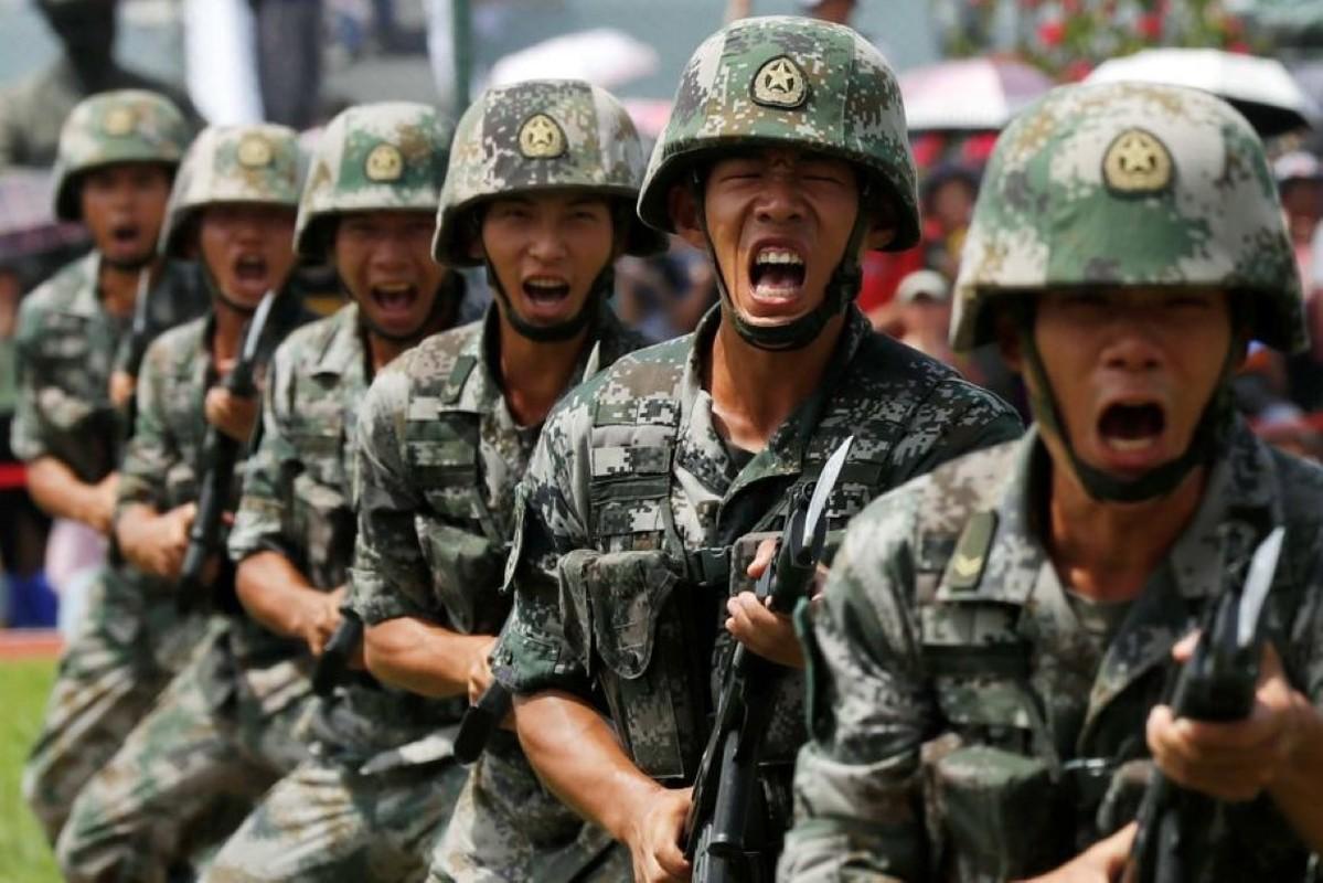 Luong cua linh Trung Quoc: Cao chot vot nhung van thieu quan-Hinh-9