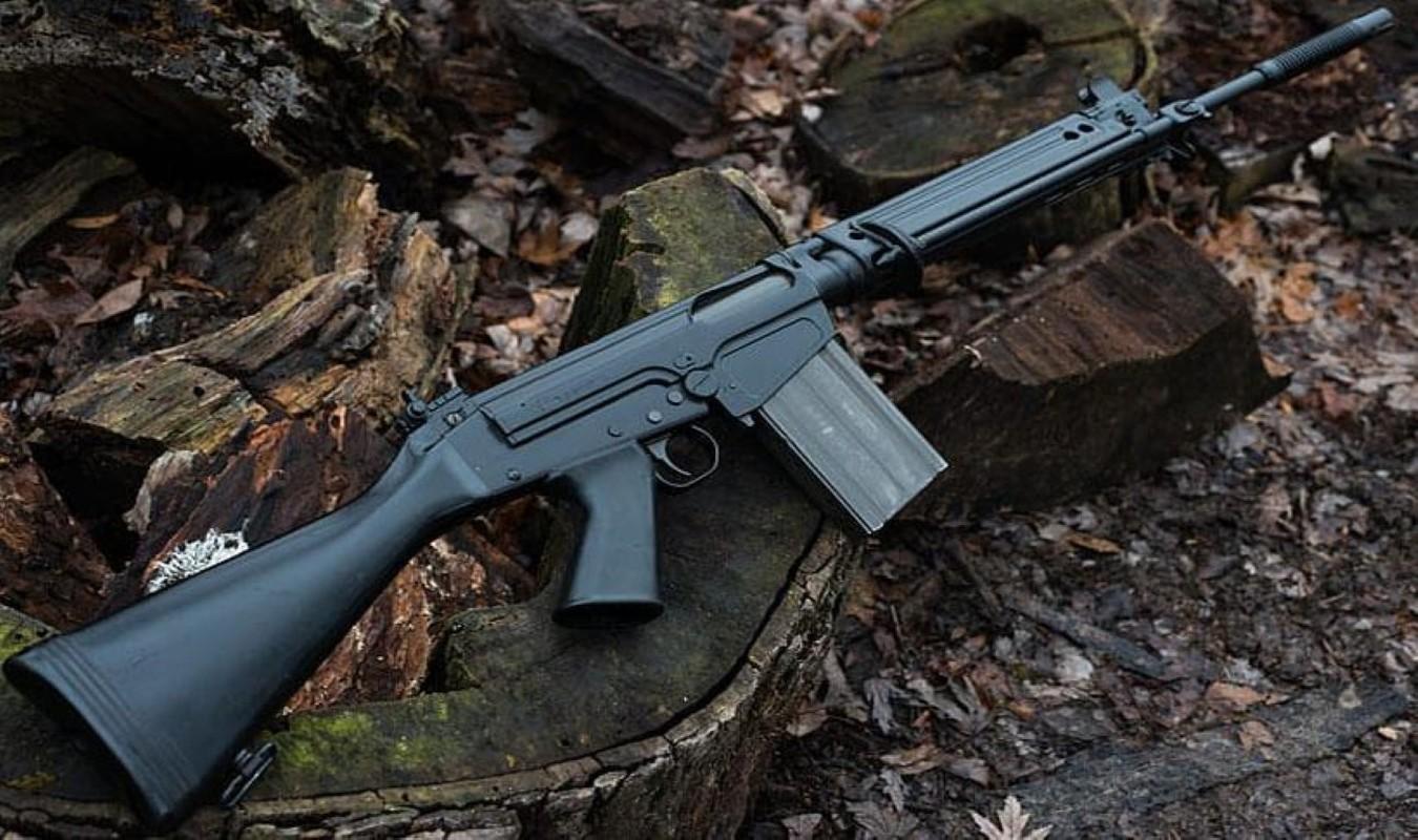 Khau sung truong phuong Tay la doi thu cua AK-47 trong Chien tranh Lanh-Hinh-14