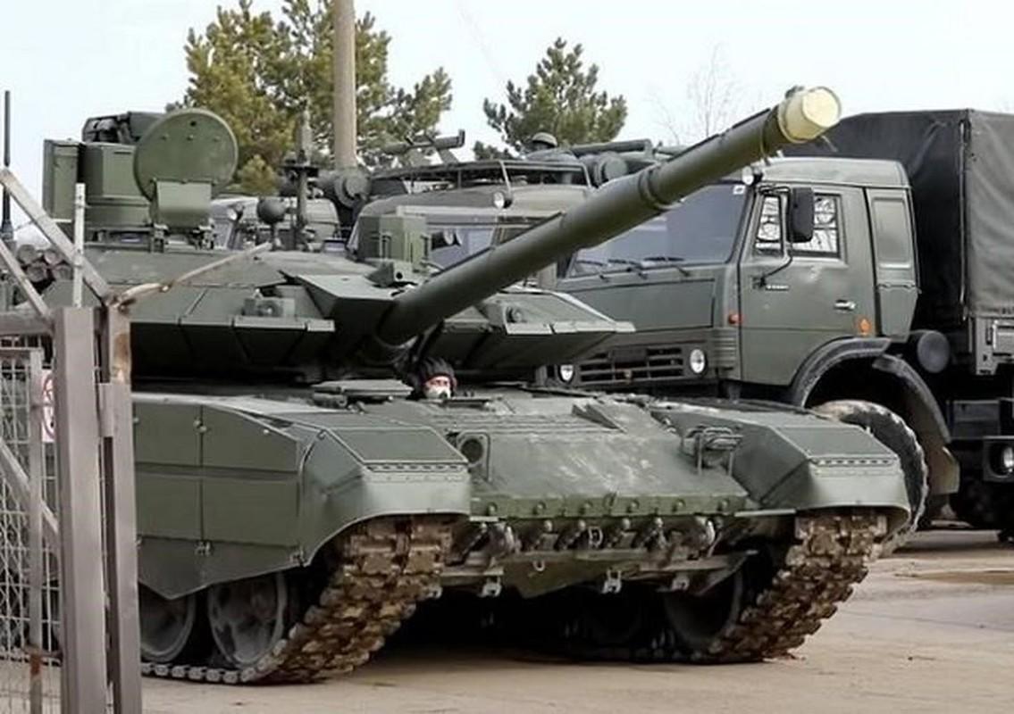 Vi sao Nga tang cuong hang tram xe tang T-90M cho Quan khu phia Nam?-Hinh-5