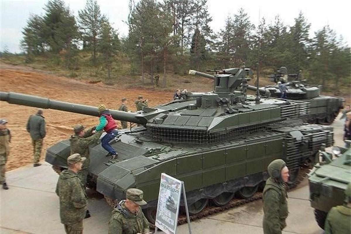 Vi sao Nga tang cuong hang tram xe tang T-90M cho Quan khu phia Nam?-Hinh-6
