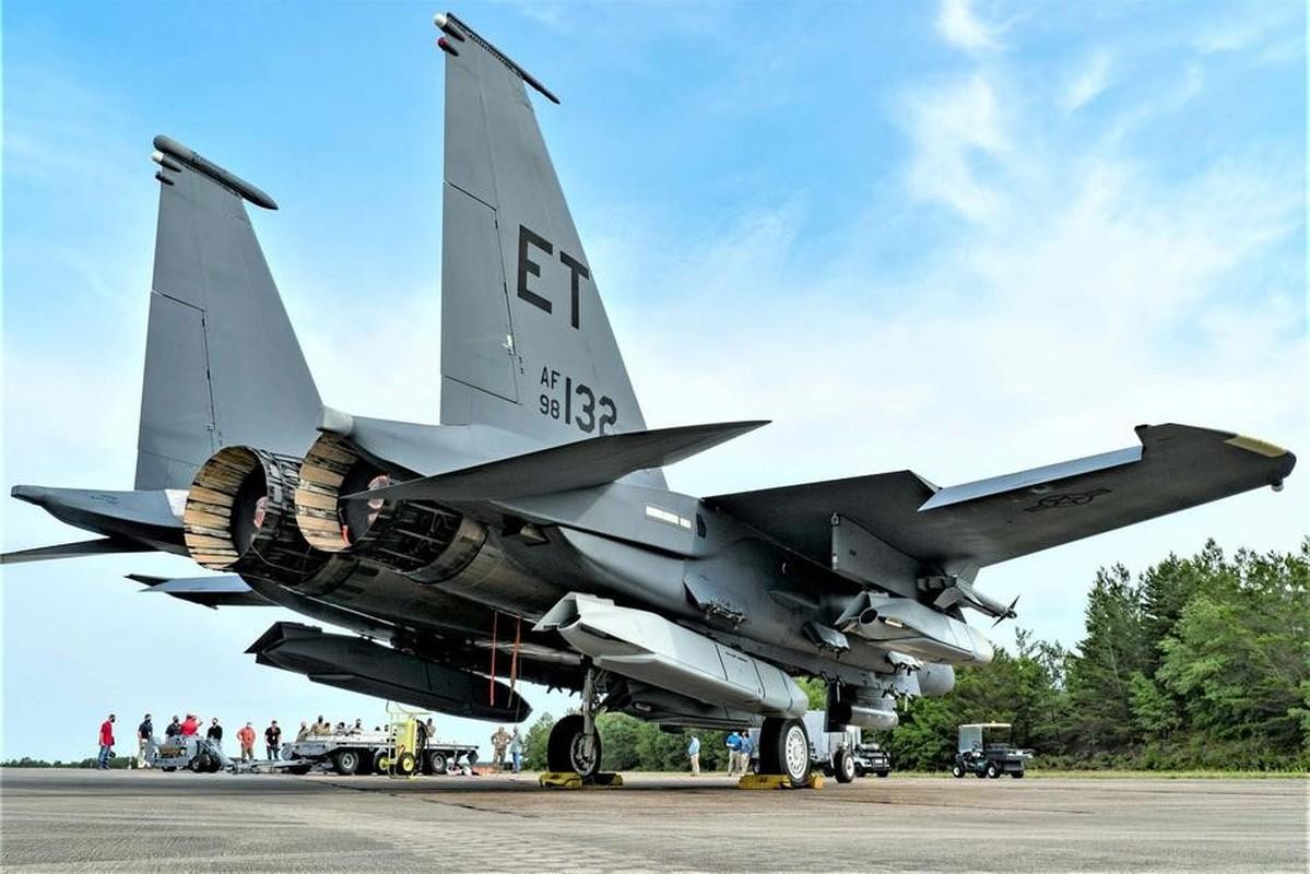 Suc manh co bap: Tiem kich F-15EX mang theo 15 ten lua cung luc-Hinh-6