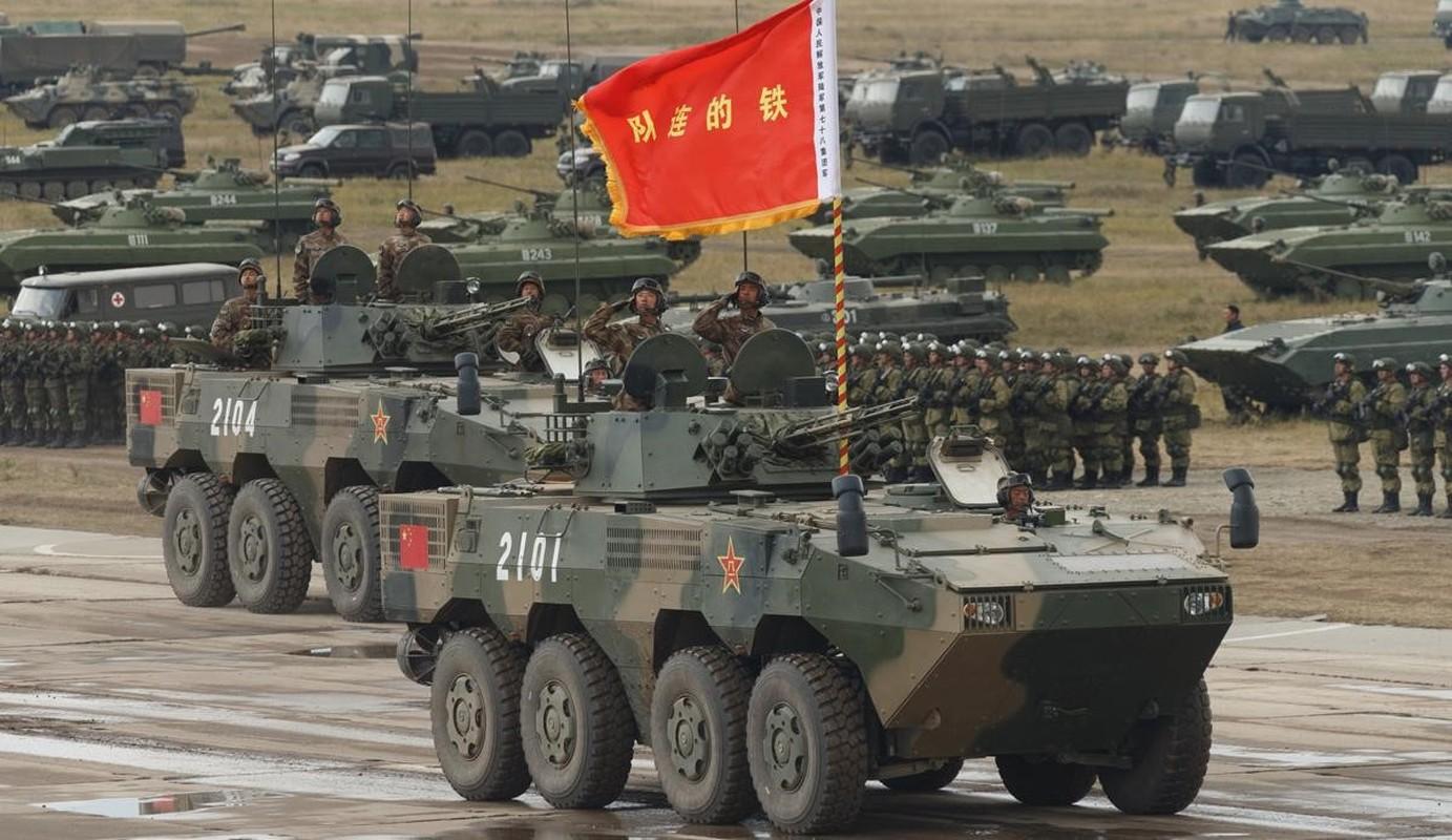 Quan doi Trung Quoc tap tran do bo gan dao Dai Loan-Hinh-7