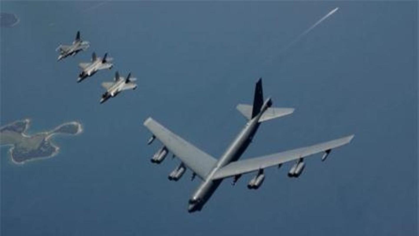 Hon 60 nam di qua, B-52 van la bieu tuong cua khong quan My-Hinh-12