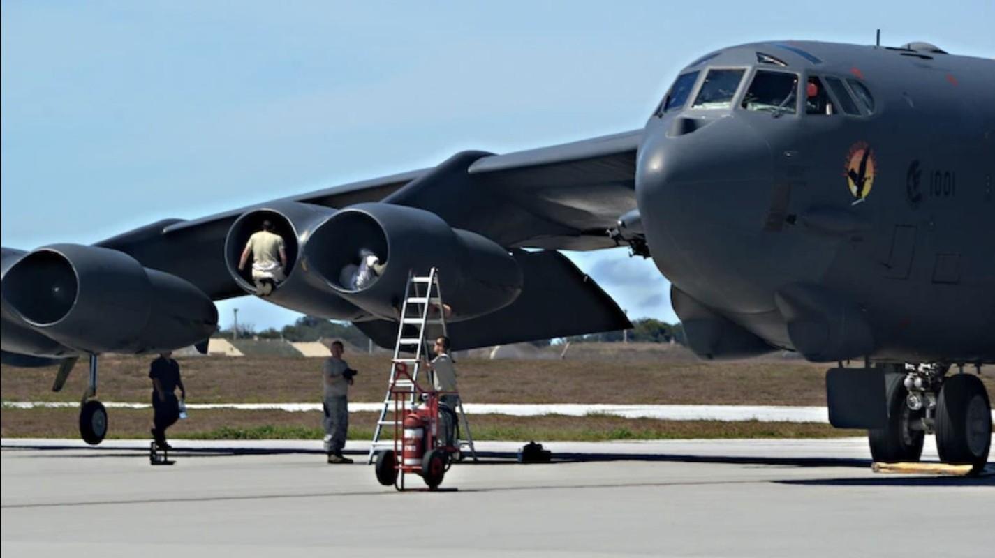 Hon 60 nam di qua, B-52 van la bieu tuong cua khong quan My-Hinh-27