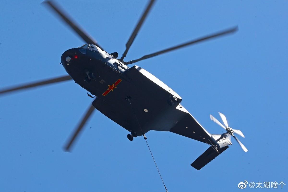 Dan may bay Trung Quoc chuan bi cho le duyet binh tren khong-Hinh-11