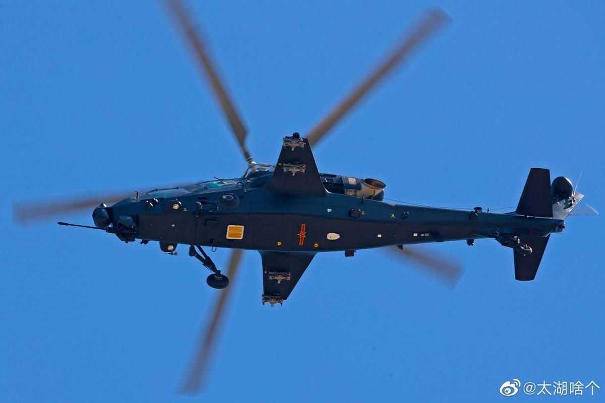 Dan may bay Trung Quoc chuan bi cho le duyet binh tren khong-Hinh-7