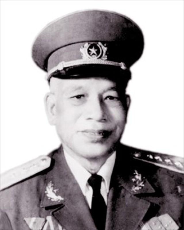 Chan dung 16 Dai tuong Quan doi Nhan dan Viet Nam tu truoc toi nay-Hinh-3