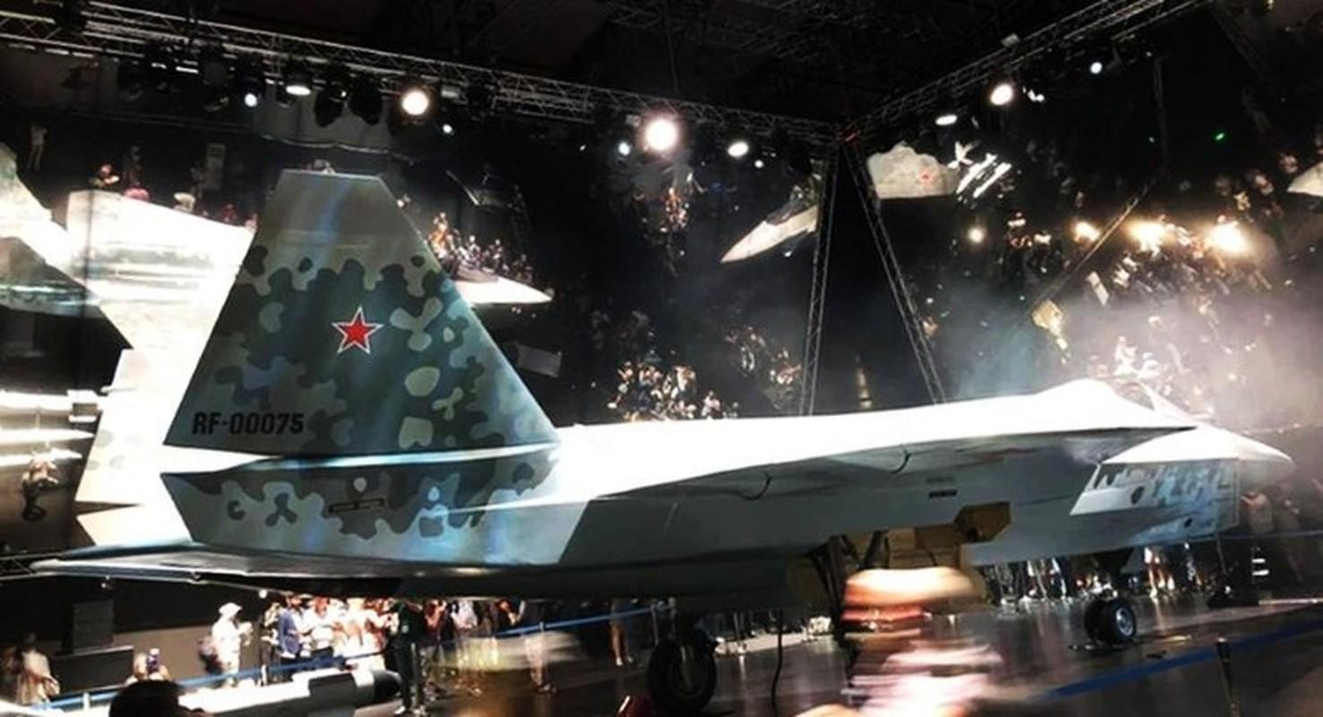 Tuong khong quan Nga giai thich vi sao Su-75 Checkmate khien phuong Tay so hai-Hinh-11