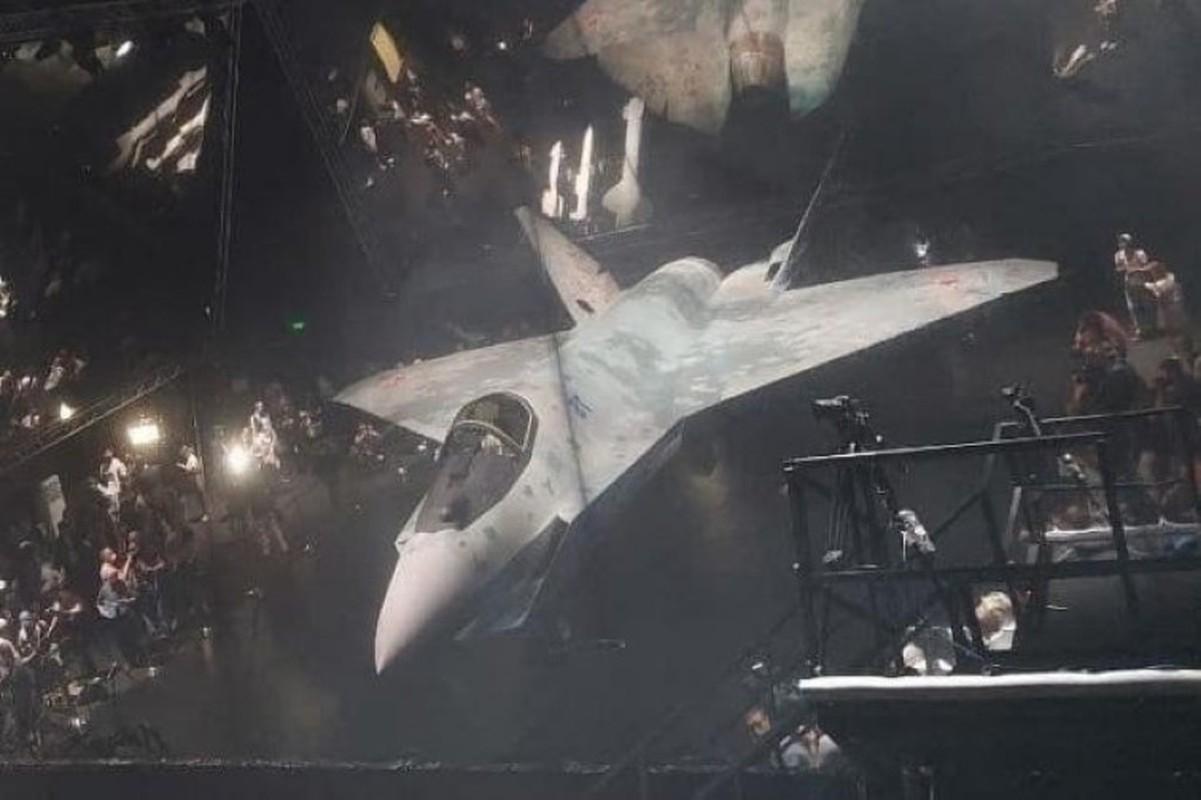 Tuong khong quan Nga giai thich vi sao Su-75 Checkmate khien phuong Tay so hai-Hinh-14
