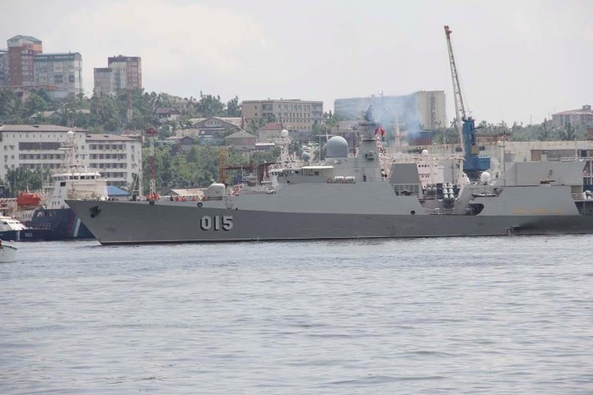 Tau ho ve Viet Nam dep lung linh trong le duyet binh tai Vladivostok-Hinh-5