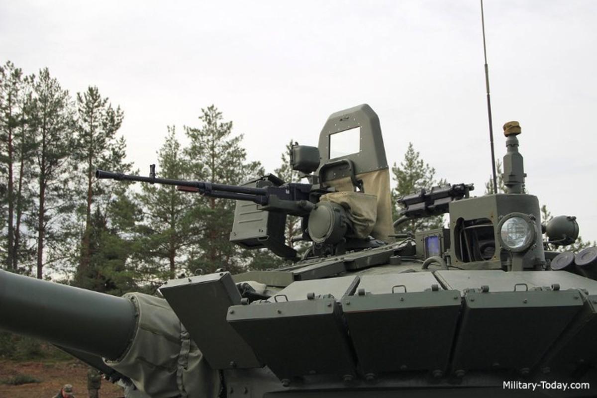 Can canh nhung xe tang T-80BMV moi nhat Nga vua cho nhap bien-Hinh-10