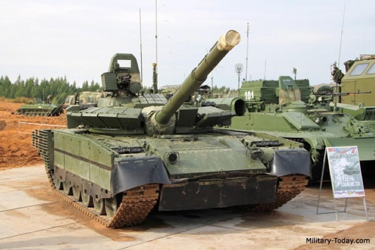Can canh nhung xe tang T-80BMV moi nhat Nga vua cho nhap bien-Hinh-5