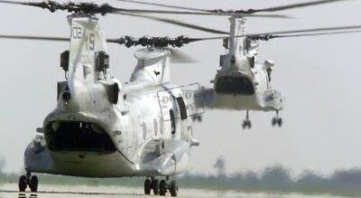 My pha huy 7 truc thang CH-46E sau khi chung buoc phai bo lai Kabul-Hinh-18