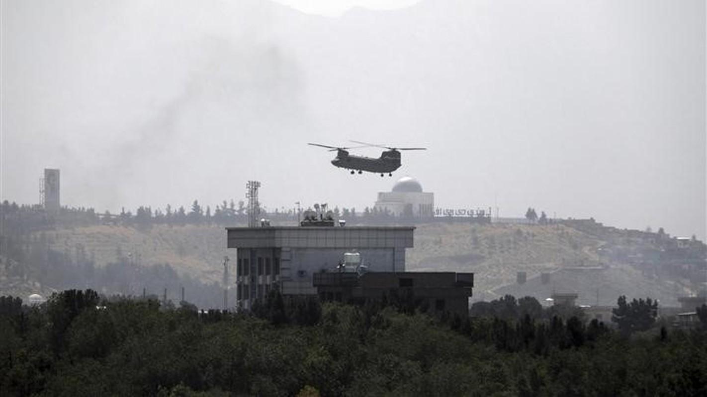 My pha huy 7 truc thang CH-46E sau khi chung buoc phai bo lai Kabul-Hinh-20