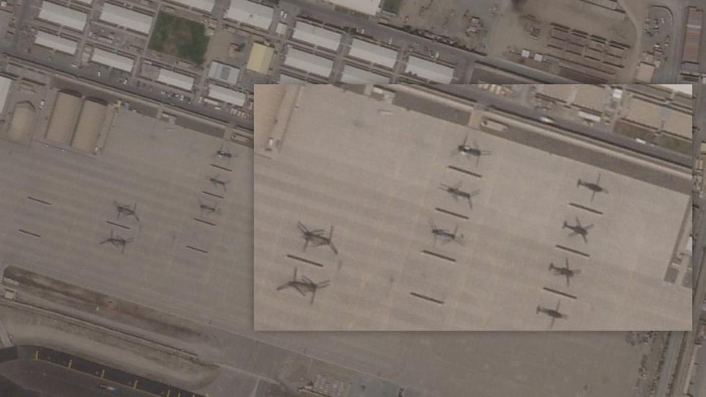 My pha huy 7 truc thang CH-46E sau khi chung buoc phai bo lai Kabul-Hinh-3