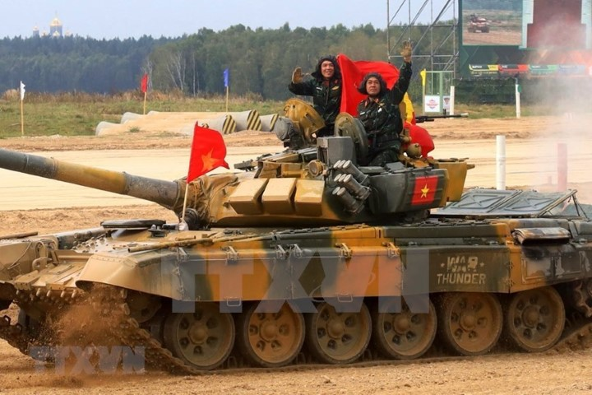 The le cuoc thi Xe tang hanh tien - Tank Biathlon tai Army Games 2021-Hinh-2