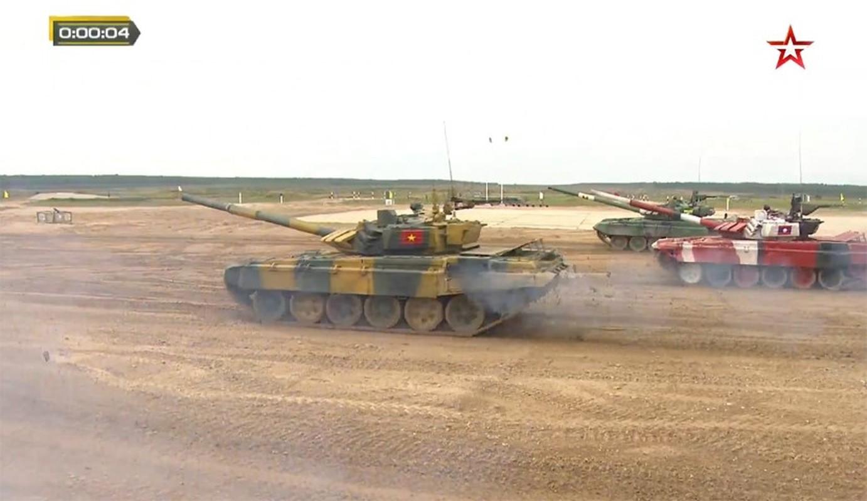 The le cuoc thi Xe tang hanh tien - Tank Biathlon tai Army Games 2021-Hinh-6