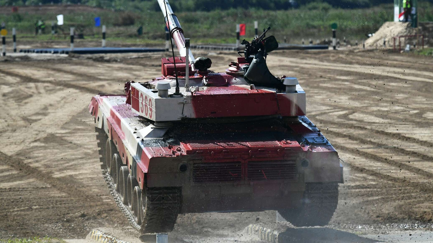 Tank Biathlon 2021: Nhung hinh anh an tuong ngay dau Viet Nam ra quan-Hinh-12