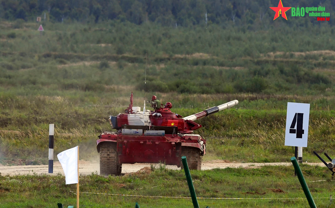 Tank Biathlon 2021: Nhung hinh anh an tuong ngay dau Viet Nam ra quan-Hinh-4